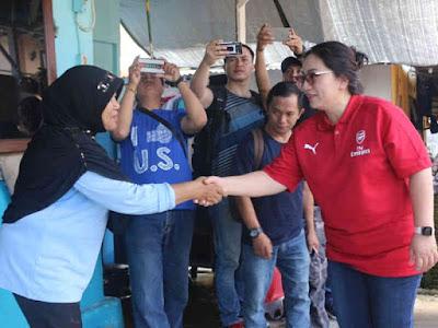 TP PKK dan Dharma Wanita Sulawesi Utara Bantu Korban Bencana di Manado