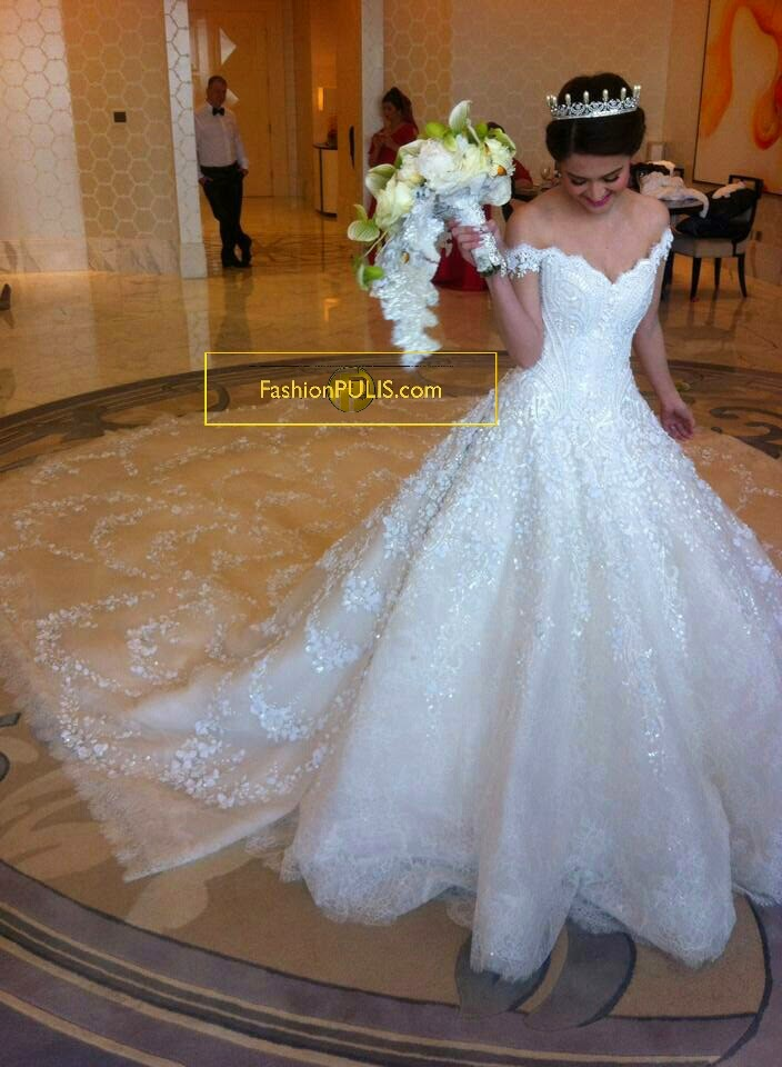 First On Fashion Pulis Marian Rivera In Her Michael Cinco Wedding