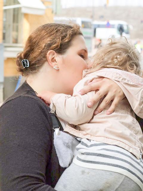 morkkis, huono omatunto, huono äiti, syyllisyys, äityis, raskaana, toinen lapsi, toinen raskaus, esikoinen, vauva, loppuraskaus, laskettu aika, viimeinen kolmannes,