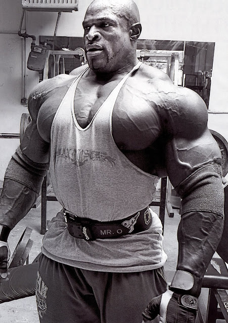 Ronnie Coleman  in Gym