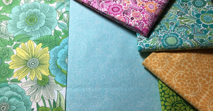Debby Kratovil Quilts Folded Hexagon Flowers Tutorial