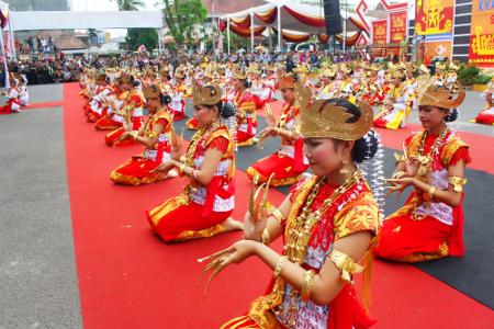 tari merupakan sebagian dari budaya lokal