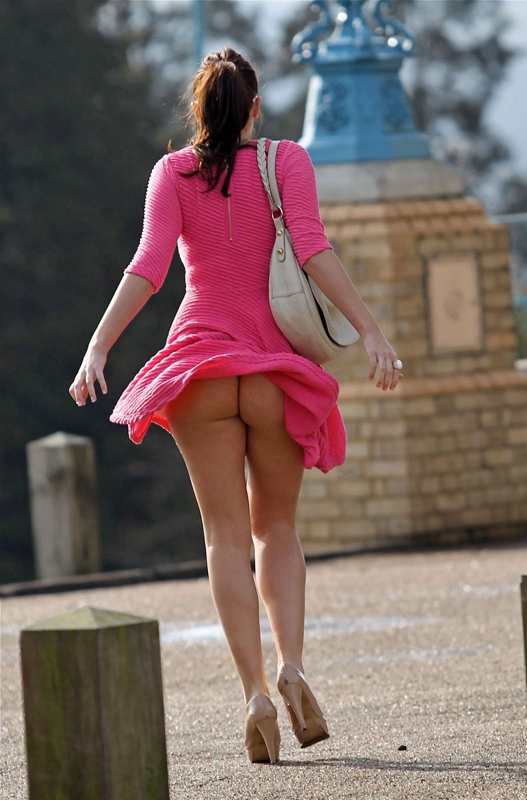 Karolina kurkovas windy panty upskirt, Nude hot pics