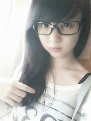 Top teen hình ảnh girl xinh 2000 đeo kính xinh ứ chịu được