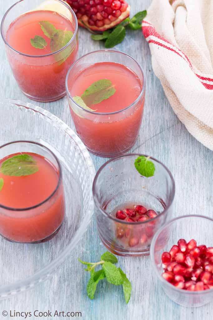 Pomegranate Strawberry Mojito recipe