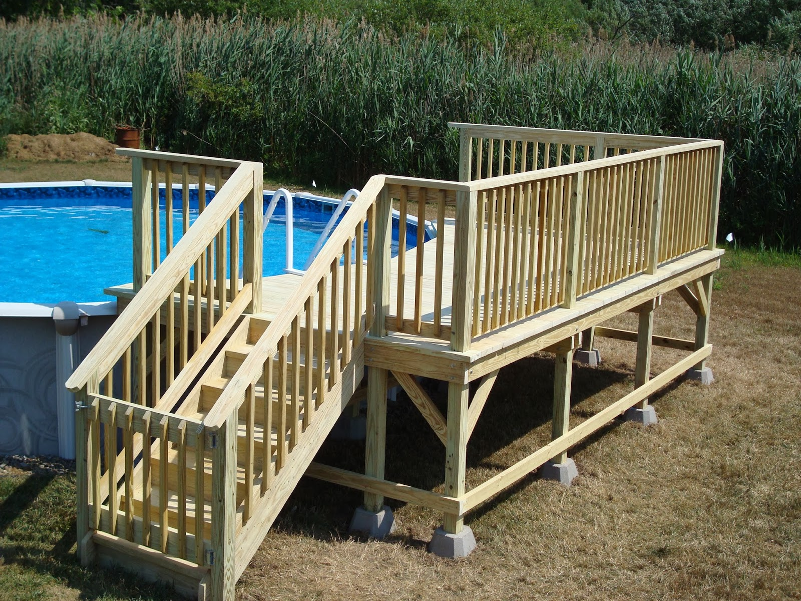 Currydecks - How to build an above ground pool ...