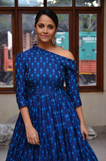 anasuya at avakusa trailer launch 6