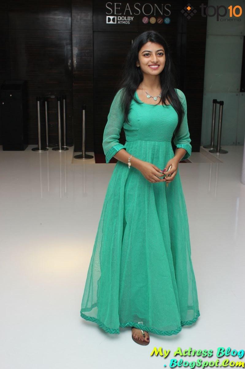 trisha illana nayanthara screen anandhi in light blue