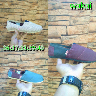 Sepatu Wakai Murah Berbagai Warna Dan Model