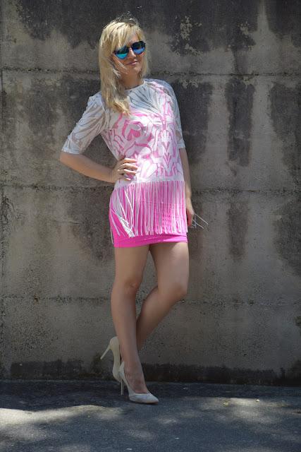 outfit fucsia come abbinare il fucsia abbinamenti fucsia outfit giugno 2017 outfit estivi outfit estate 2017 mariafelicia magno fashion blogger italiane blog di moda