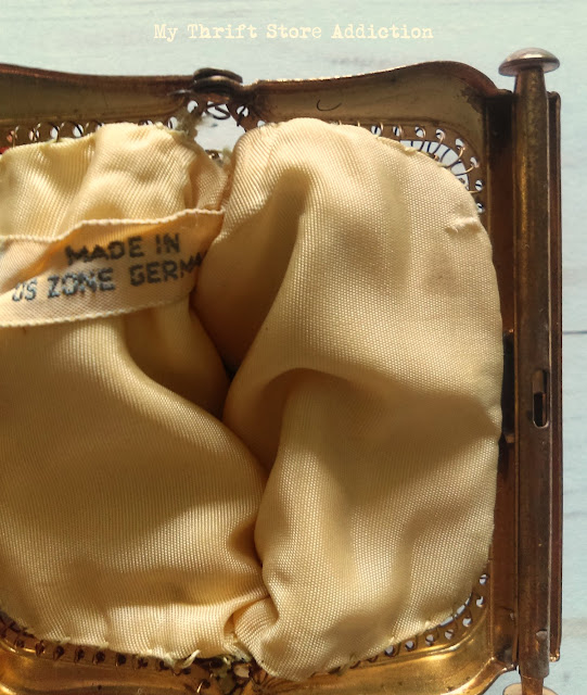 Made in US zone Germany vintage gold mesh purse