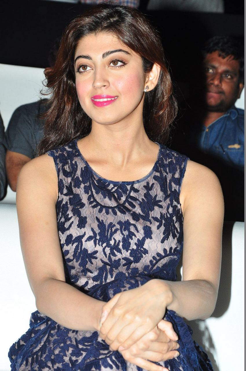 Actress PranithaSubash Latest HD Images
