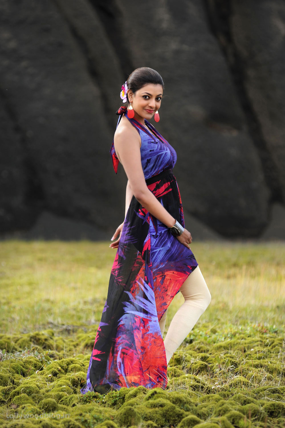 Kajal Agarwal Latest Hot from Naayak movie Naayak