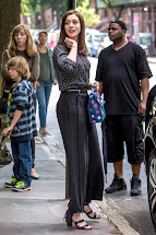Intern Film Avec Anne Hathaway Robert De Niro