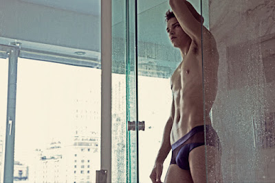 Luis Kruger by Charles Quiles for FASHIONABLY MALE