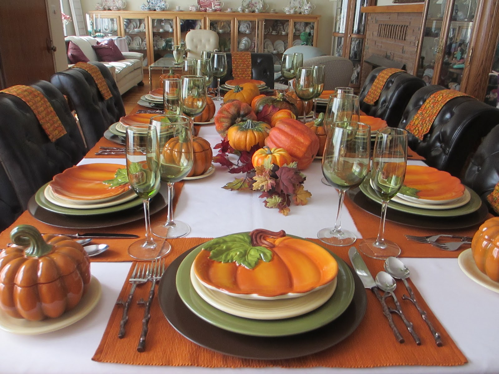 The Welcomed Guest: Autumn Table