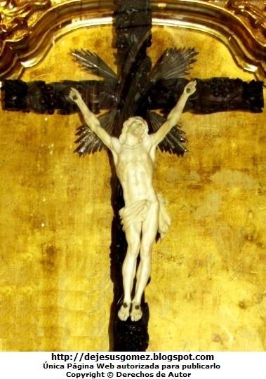 Foto de Jesús crucificado de la iglesia San Pedro. Foto de Jesús tomada por Jesus Gómez