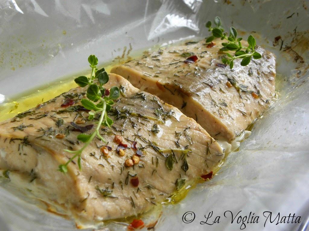 filetti di salmone nel sacchetto speziato