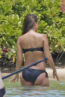 OMG Backless Jessica Alba in Wet Bikini July 2017 Perfect wet body ass Boobs WOW