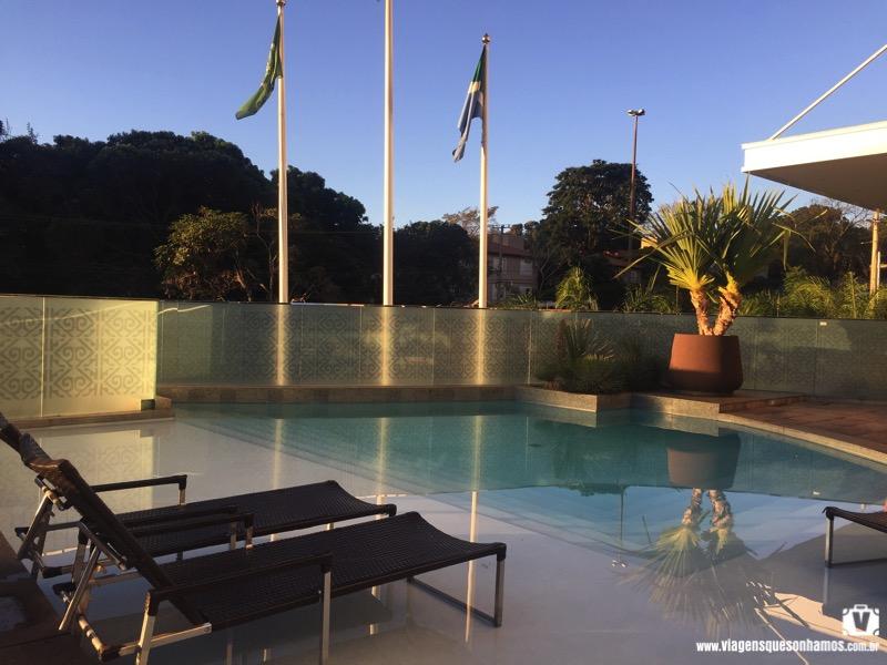 Piscina do Hotel Deville Prime Campo Grande