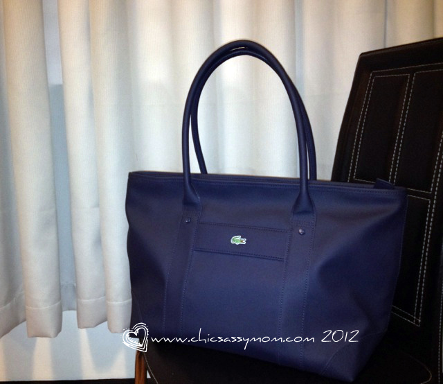 56a7529f4cc6 Lacoste New Classic Shopping Bag sells for Php 5