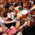 Avião transformado em balada vai trazer foliões para a Oktoberfest de Blumenau