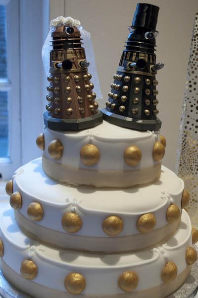 tardis template for cake - dalek wedding cake missbegotten
