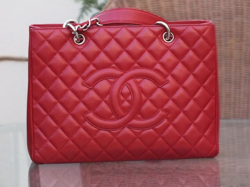 083ea88360e3a5 Chanel Grand Shopping Tote in 2010 Cruise red caviar with silver hardware