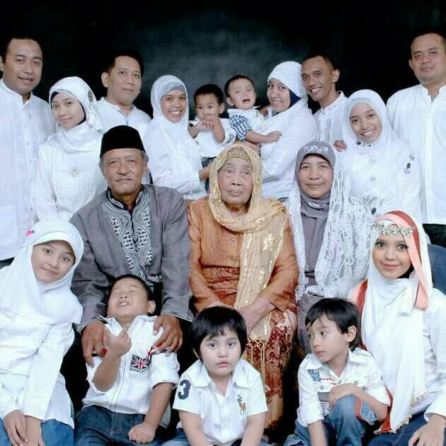 foto keluarga besar