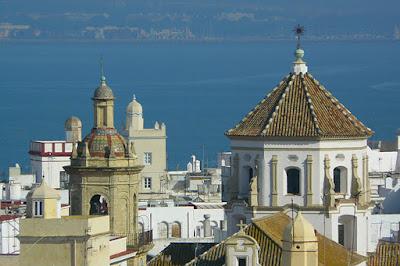 BLOG LUGARES DE MEMÓRIA -  Matéria Cádiz - Foto Qrry por Pixabay
