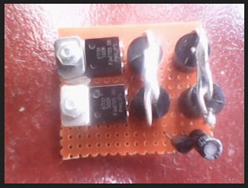 Dioda, kapasitor dan SCR sudah terpasang