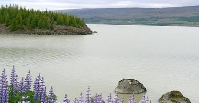 7 Danau Misterius Yang Menjadi Sarang Monster Raksasa