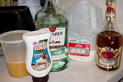 amaretto colada, cocktail, amaretto, light rum, pineapple juice, cream of coconut