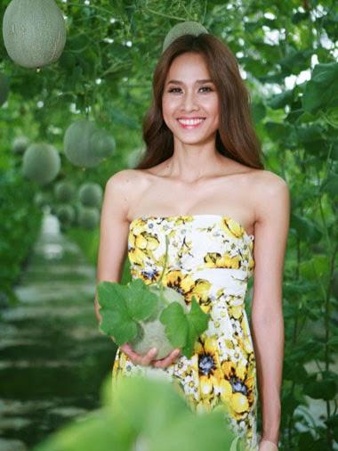 Hoa hậu Đỗ Mỹ Linh lộ ảnh bikini nóng bỏng sexy quyến rũ