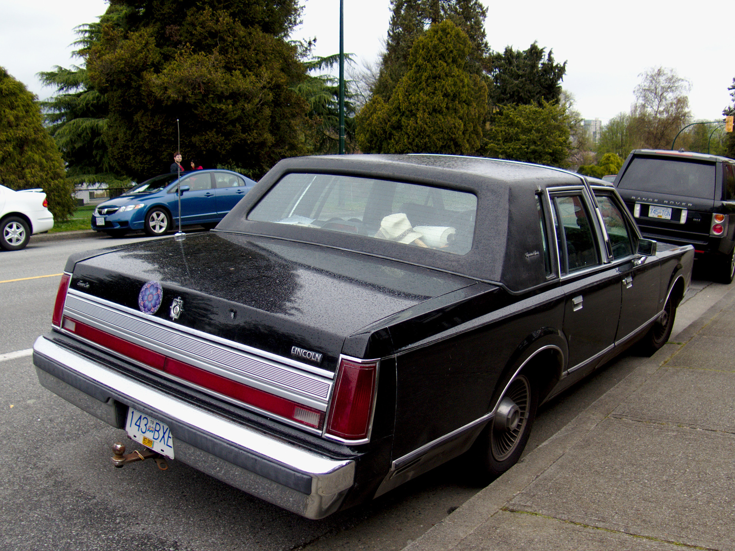 Old Parked Cars Vancouver: 1988 Lincoln Town Car  Old Parked Cars...