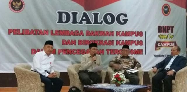 "Duh!! Warek UIN Kalijaga Larang Mahasiswi Pakaian ""Ala Arab"" Minta Mahasiswi Pakai Pakaian ""Normal Indonesia"""