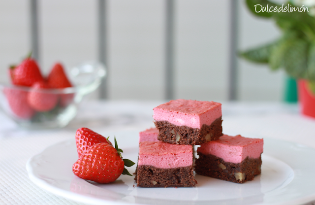receta-de-brownie-cheesecake-de-fresa
