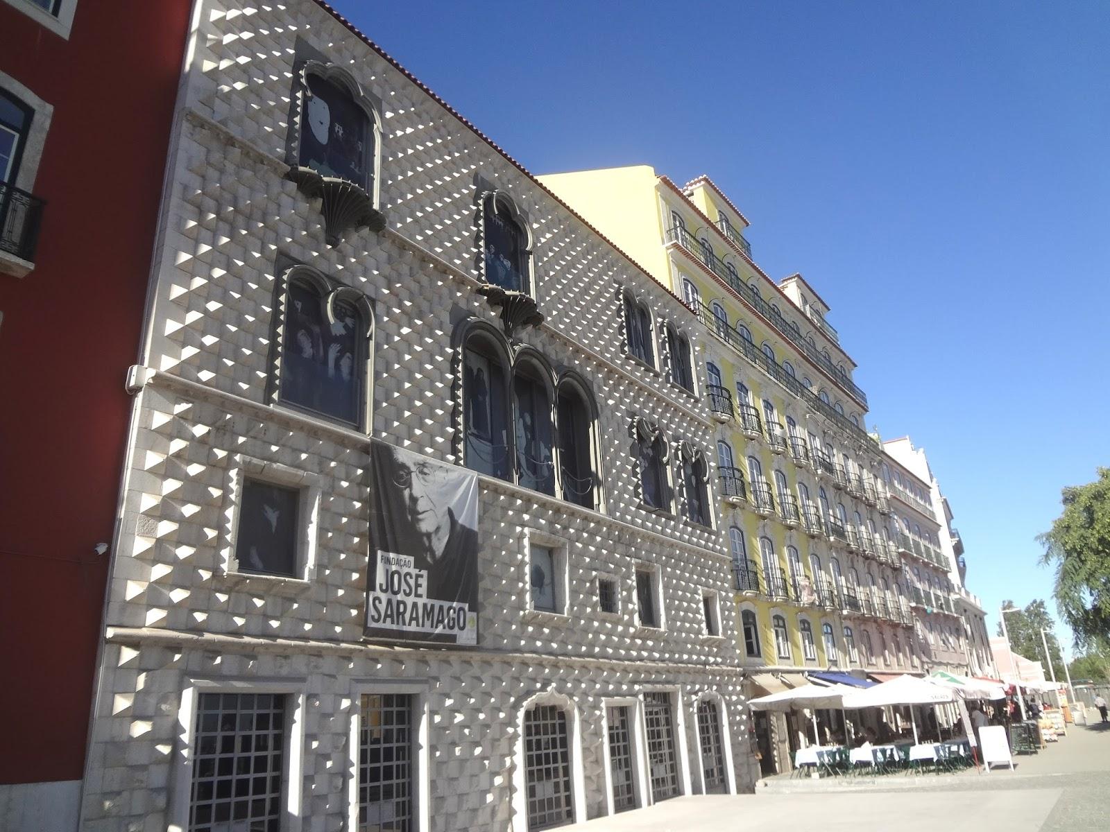 Andrea cdc lisbona tra architetture antiche e moderne for Case neoclassiche