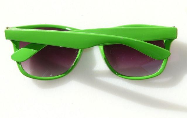 Óculos de sol ajudam a prevenir problemas nos olhos