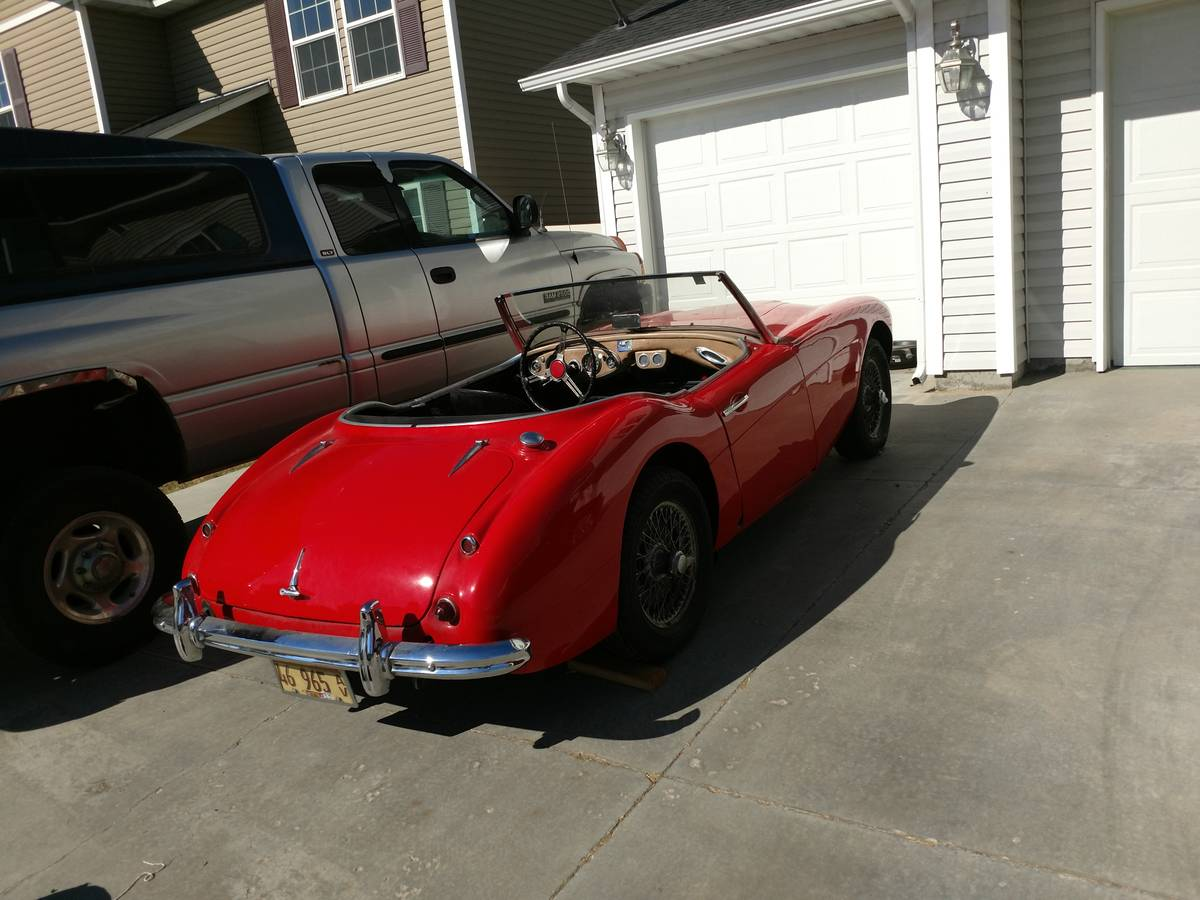 Daily Turismo Lots Of Fun In 60s 1960 Austin Healey 3000 V8 Swap