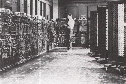 Ternyata Dulu Komputer Bentuknya Sebesar 7x Lipat Ruang Tamu