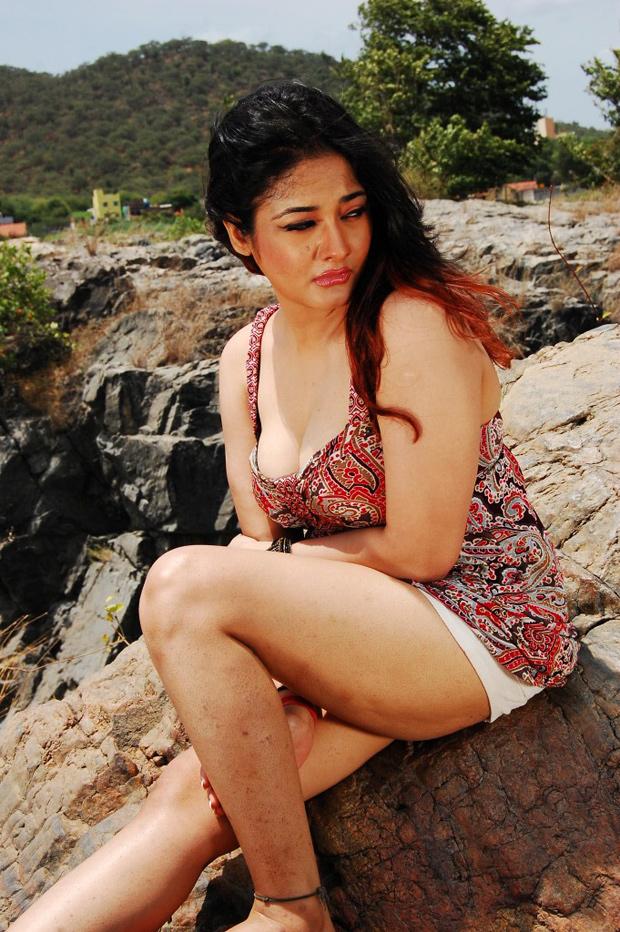 Kiran rathod latest spicy pics