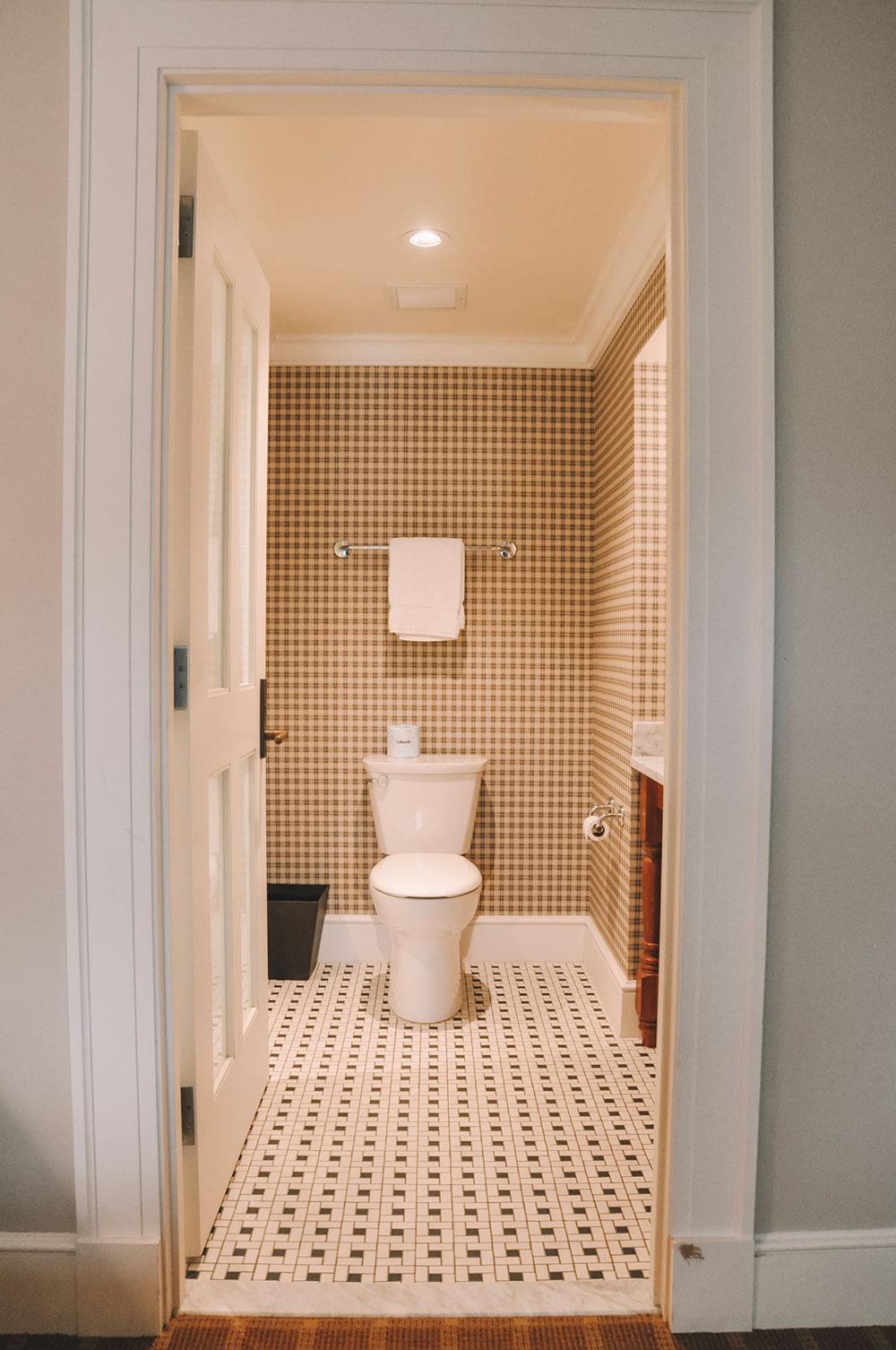 kimpton taconic bathroom
