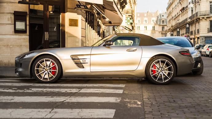 Wallpaper: Mercedes SLS Cabriolet