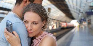 Perbedaan Gaji Bisa Memicu Perselingkuhan Pasangan