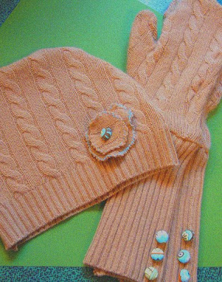 30 Creative and Cool Ways To Reuse Old Sweaters (35) 8