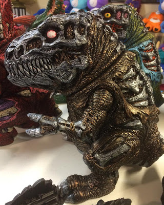 "Designer Con 2016 Exclusive ""Battle Bronze"" Rotten Rexx1-Off Custom Vinyl Figure by James Groman"