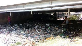 Bersihkan Sungai Bermi Dari Sampah Dan Enceng Gondok, Dafam Group Terjunkan Karyawan Bantu Warga Tirto