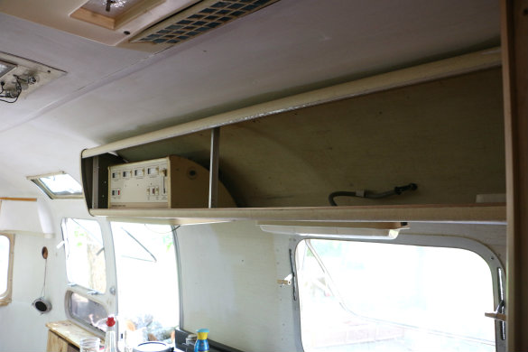 Project Airstream: Renovation Continues! | 17 Apart