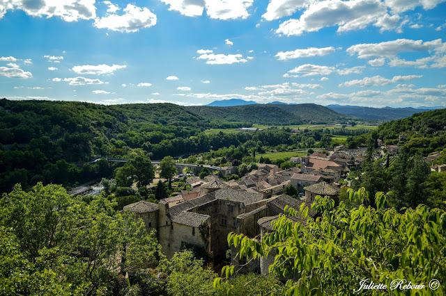 Village de Vogüé en Ardèche